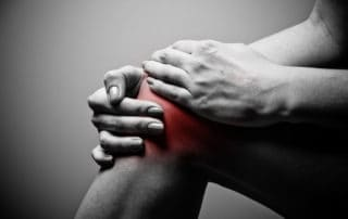A serious knee injury can cause swelling, pain, and stiffness