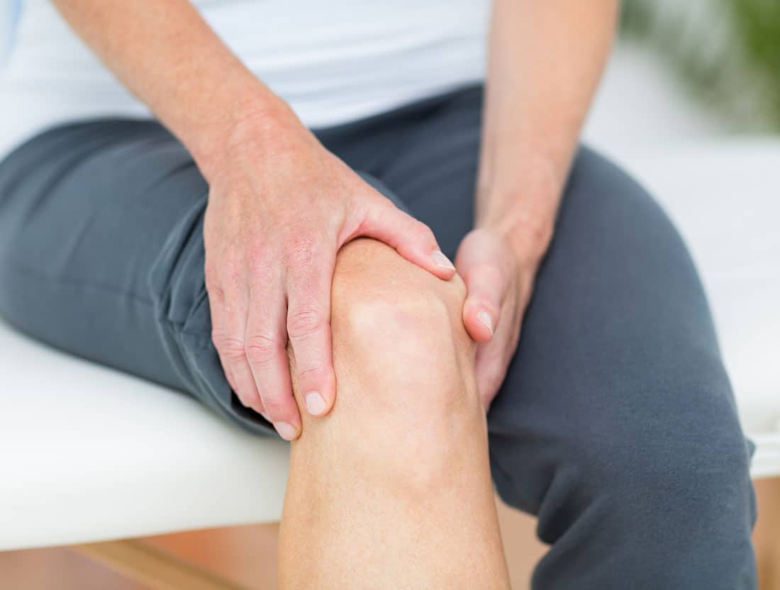 knee replacement physical therapy can help you overcome your knee pain faster