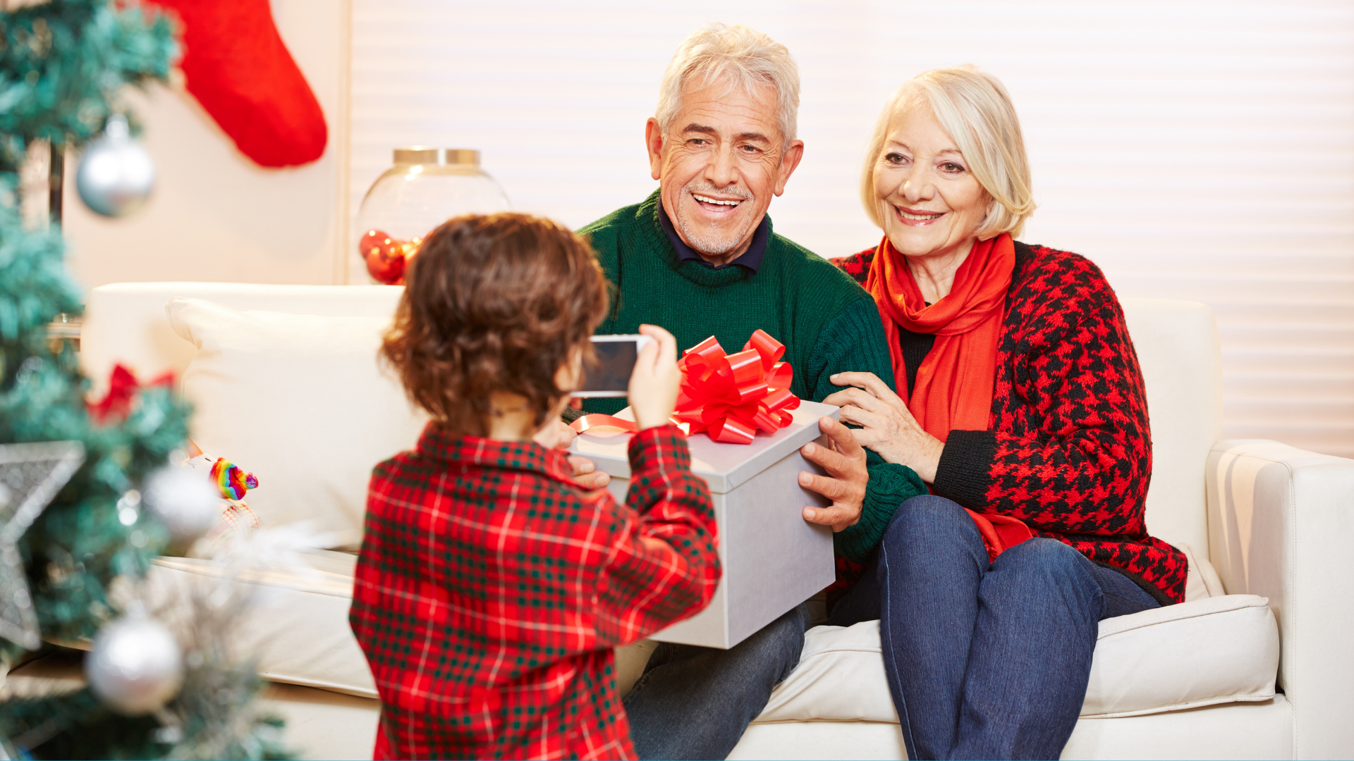 with some practical tips, proper planning, and help, you can enjoy the holidays free of pain and added stress. Here are some simple ways that will help you.